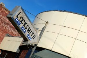 best locksmith company 1-805-522-6111